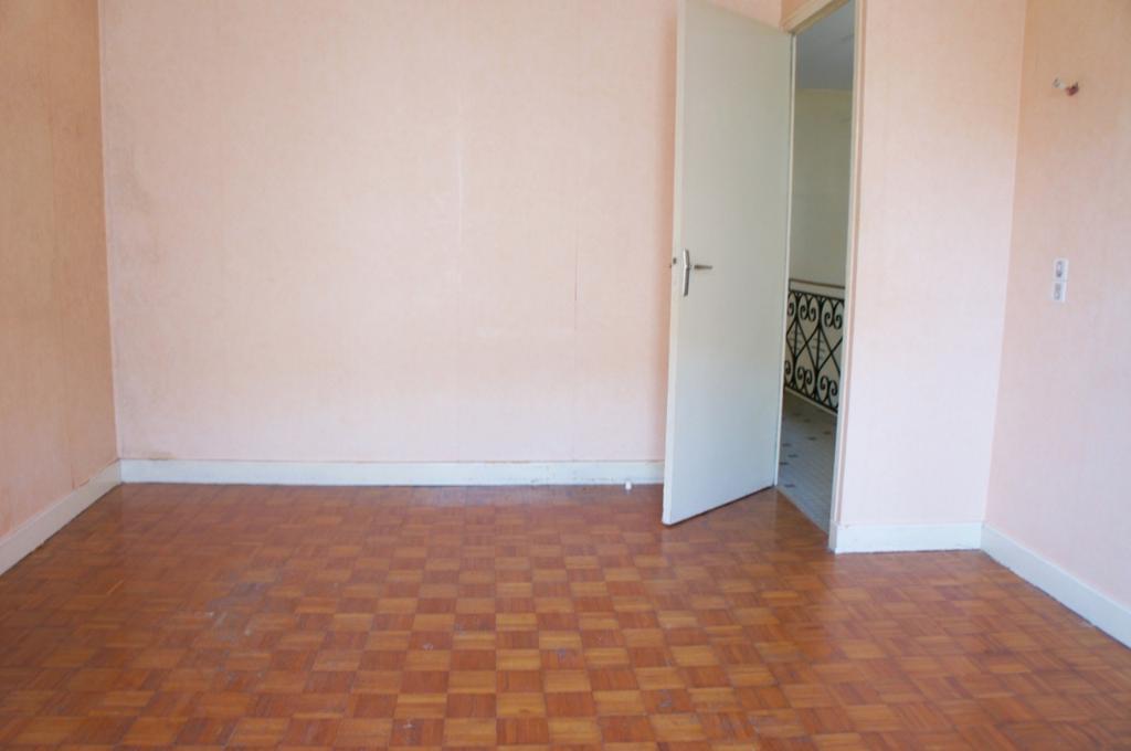 immobilier villeneuve sur lot a vendre vente acheter. Black Bedroom Furniture Sets. Home Design Ideas