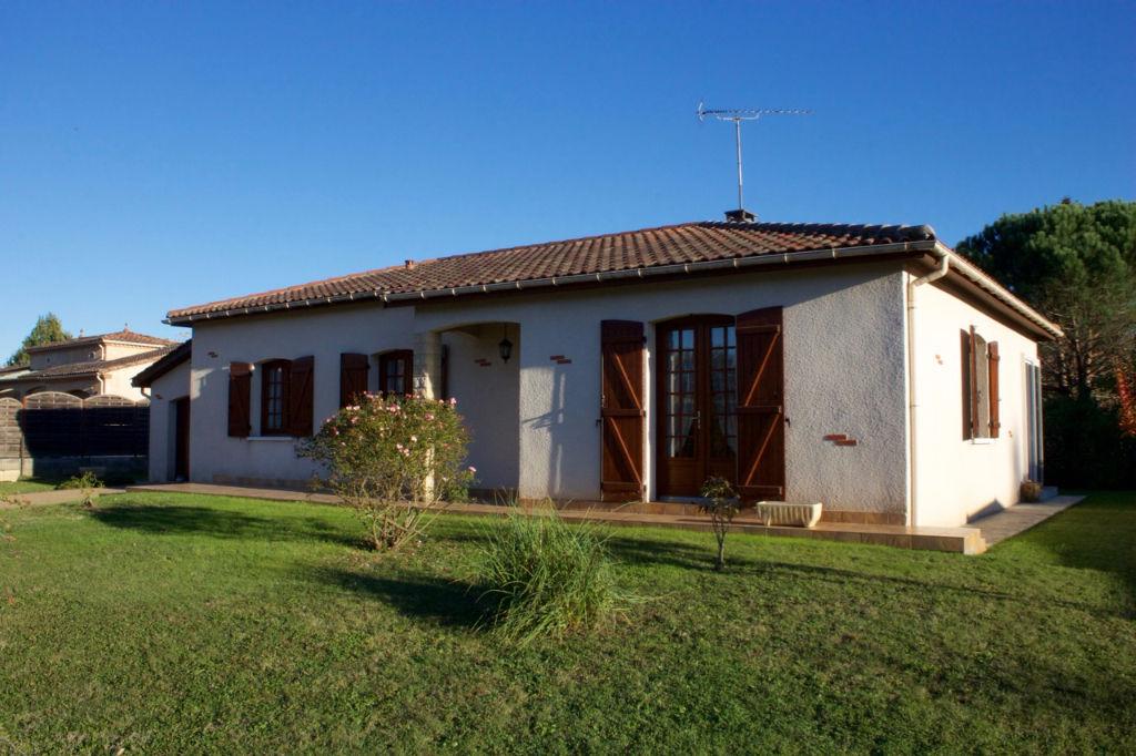 Immobilier castelmoron sur lot a vendre vente for Double vitrage 4 6 4