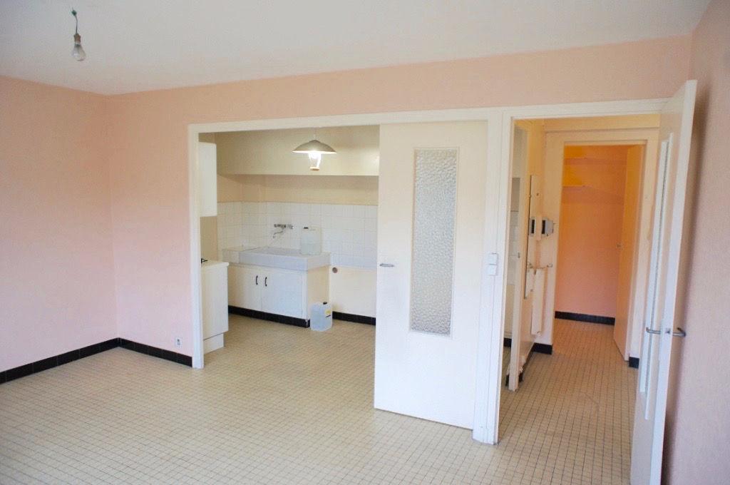 Appartement T2 Villeneuve s/Lot avec terrasse