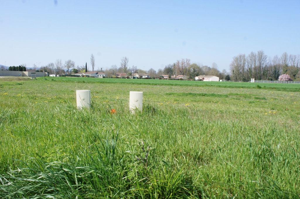 Sur une commune avoisinante de Villeneuve sur Lot, terrains à acheter de 1025m2 chacun