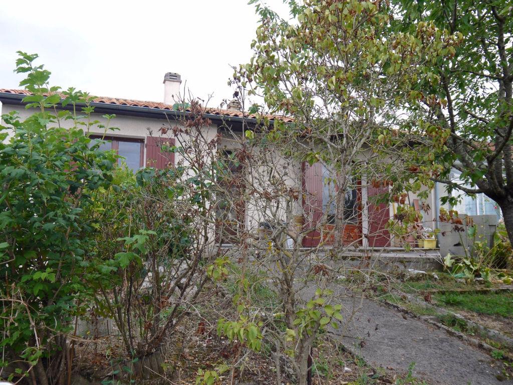 Maison a Villeneuve Sur Lot 70,70 m2