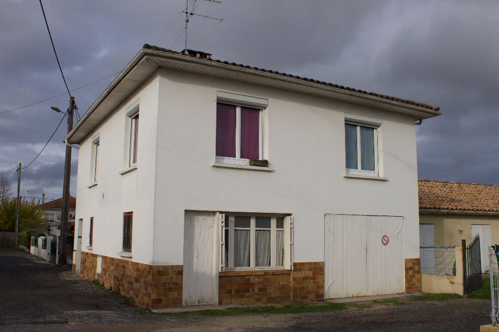 Maison Ste Livrade  4 pièce(s)