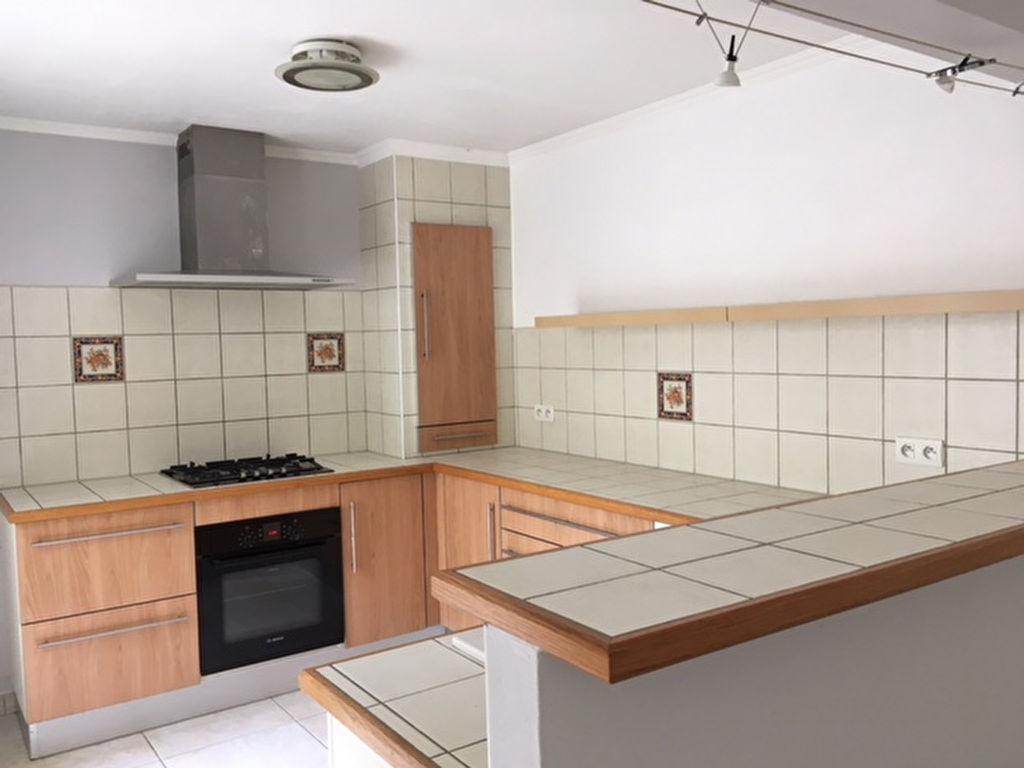 Maison Villeneuve Sur Lot 4 pièce(s) 94 m2 avec garage et terrasse