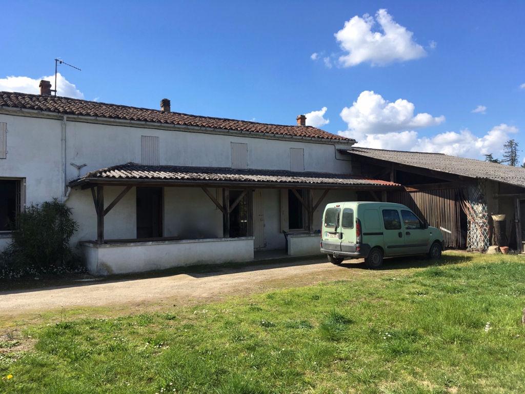 Villeneuve sur Lot, maison en pierres de maraîcher de 87,89 m2 à rénover sur un grand terrain de 8924 m2