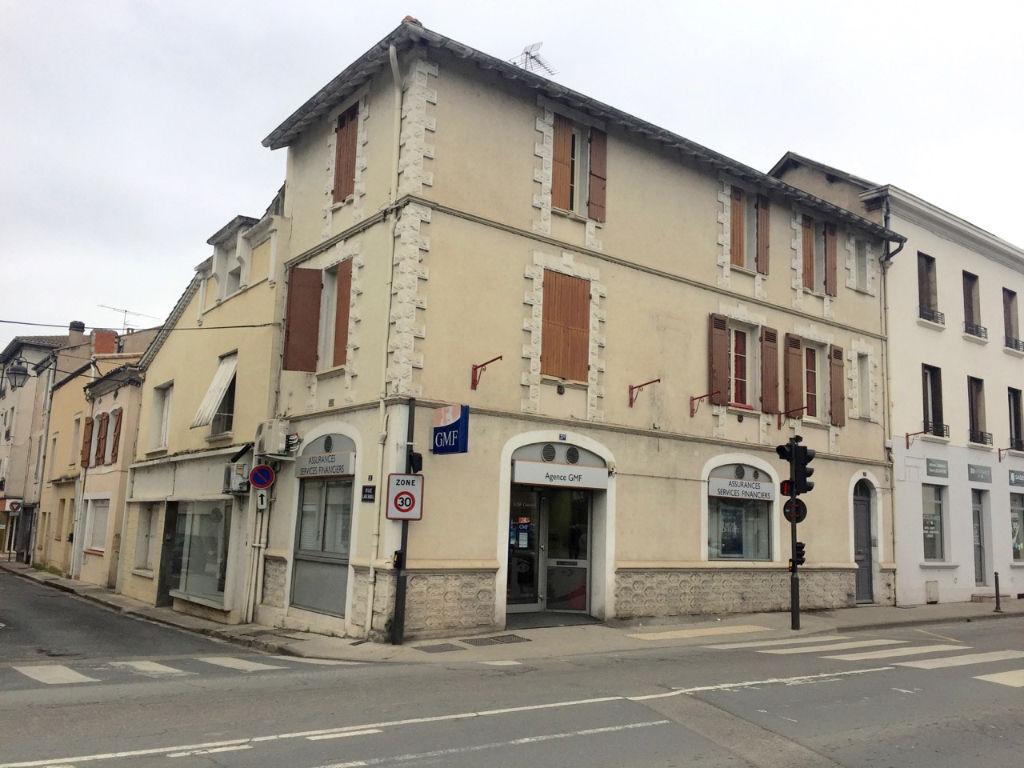 Immeuble de rapport à vendre à Villeneuve Sur Lot comprenant 2 appartements